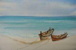 Två fiskebåtar på den härliga stranden med det blåa havet Royaltyfri Bild