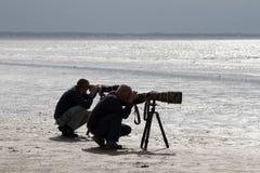 Två fotografer arkivfoton