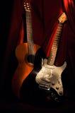 Två gitarrer royaltyfri bild