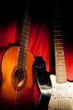 Två gitarrer arkivfoto