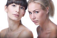 Två härliga flickor Arkivfoton