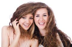 Två isolerade kvinnliga vänner Arkivfoton