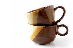 Två kaffekopp på vit Arkivbilder