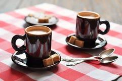 Två koppar av espresso Fotografering för Bildbyråer