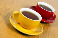 Två koppar av tea Fotografering för Bildbyråer