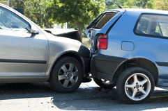 Två kraschade bilar Fotografering för Bildbyråer