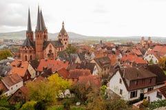 Två kristna kyrkor i Gelnhausen Arkivfoto
