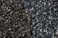 Två kvaliteter av kol Fotografering för Bildbyråer