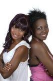 Två kvinnliga afrikanska vänner arkivbild
