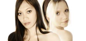 två kvinnor Arkivbild