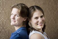 två kvinnor arkivfoto