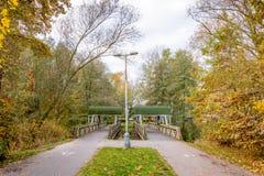 Två lilla broar över floden arkivfoto