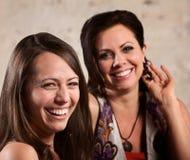 Två lyckliga kvinnor Royaltyfri Fotografi