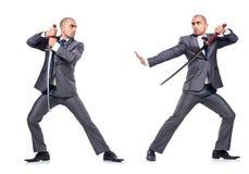 Två män som figthing med det isolerade svärdet Royaltyfri Fotografi
