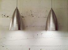 Två moderna metalllampor Arkivbilder