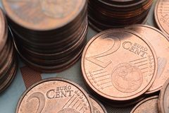 Två mynt för eurocent Arkivfoton