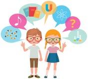 Två skolaelever flicka och pojke och olik vetenskap för symboler och royaltyfria foton