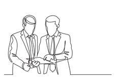 Två stående affärsmän som diskuterar arbetsproblemet - fortlöpande linje teckning vektor illustrationer