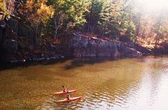 Två St Croix River Paddlers Arkivbilder