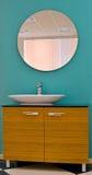 Två stycken av toalettmöblemang Arkivbild
