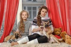 Två systrar Royaltyfri Bild