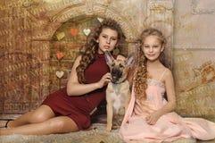 Två systrar Fotografering för Bildbyråer