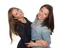 Två systrar, kopplar samman Arkivbilder