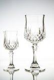 Två tomma vinexponeringsglas. Royaltyfri Fotografi