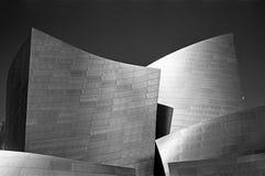Två torn på Disney filharmoniska Hall Arkivfoto