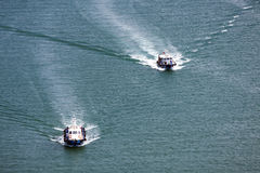 Två towboats, Singapore Royaltyfria Bilder