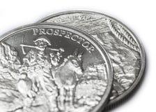 Två Troy Ounces av fin silver - 999 - myntar closeupen Arkivfoto