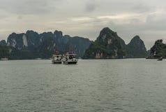 Två turnerar fartyg Arkivfoto