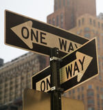 två väg royaltyfria foton