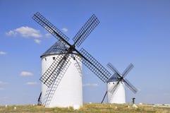 Två windmills Royaltyfri Foto