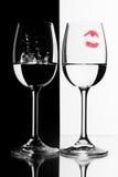 Två wineexponeringsglas Royaltyfri Foto