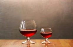 två wineglasses Royaltyfria Bilder