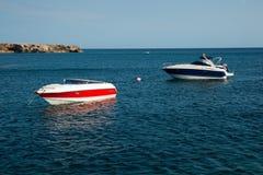 två yachter royaltyfria foton