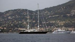 två yachter Royaltyfria Bilder