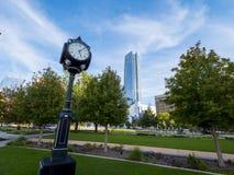 Tvåhundraårsdagen parkerar i oklahoma city - i stadens centrum område Arkivbilder
