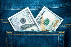Tvåhundra dollar i jeansfack Royaltyfria Bilder