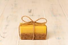 Tvålbrunt och guling Royaltyfri Fotografi