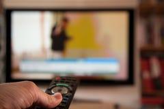 TV-Afstandsbediening Veranderend Kanaal royalty-vrije stock fotografie