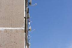 TV anteny na ścianie dom Obraz Stock