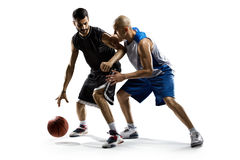Två basketspelare i handling Arkivfoton