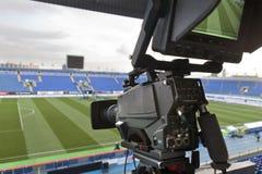 TV bij het voetbal. Stock Foto's