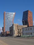 Två höghus i Klaipeda, Litauen Arkivbilder