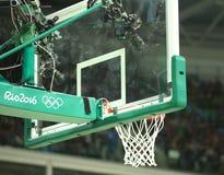TV i fotografii kamery przy boisko do koszykówki w Carioca arenie 1 podczas Rio 2016 olimpiad Zdjęcia Royalty Free