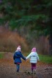 Två lilla flickvänner Royaltyfria Foton