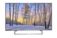TV o monitor ad alta definizione moderna con il paesaggio di inverno su Sc Fotografie Stock