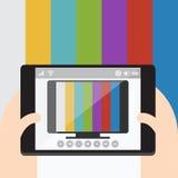 TV på mobilen, internettelevision bakgrunds- och färgbroschyr Arkivfoto